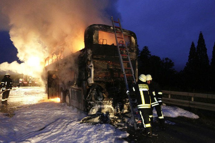 В Германии сгорел автобус, в котором ехала гродненская семья (фото) - фото 3