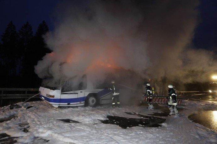 В Германии сгорел автобус, в котором ехала гродненская семья (фото) - фото 1