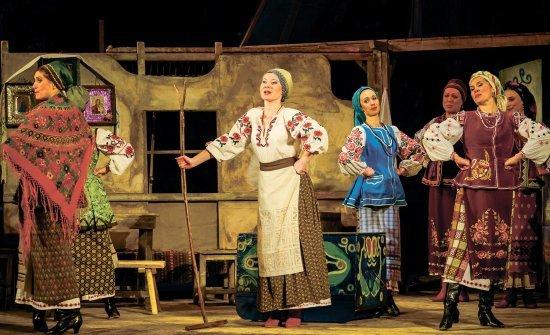 Гастролюючий театр з Черкас у рівному (фото) - фото 1