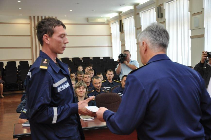 Спасатели донецкого гарнизона ГСЧС получили статус участников боевых действий, фото-3