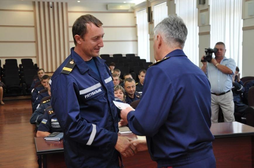 Спасатели донецкого гарнизона ГСЧС получили статус участников боевых действий, фото-4