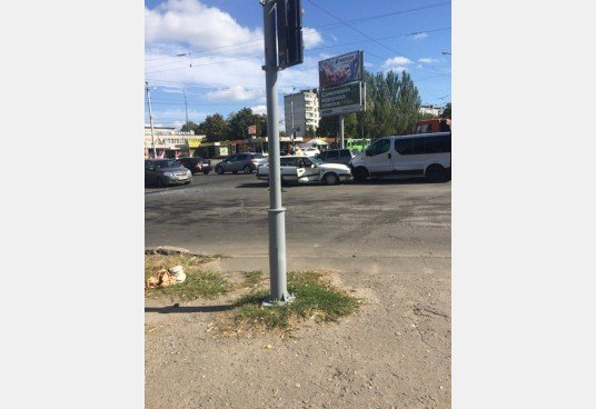 Тройное ДТП в Харькове: три иномарки не поделили перекресток (ФОТО) (фото) - фото 1