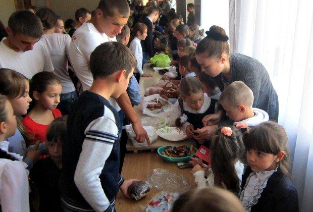 Дітки на Буковині стали благодійниками (фото) - фото 2