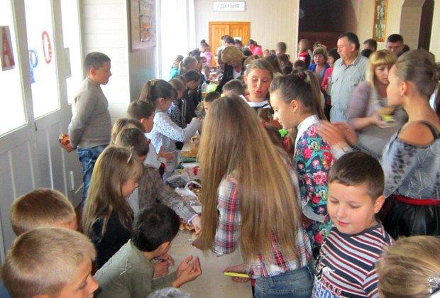 Дітки на Буковині стали благодійниками (фото) - фото 7