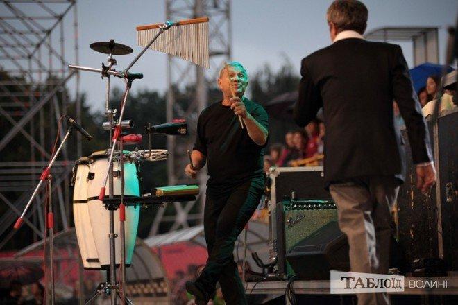 """У Луцьку під час виступу помер музикант """"Піккардійської терції"""", але концерт продовжувався (ФОТО) (фото) - фото 1"""