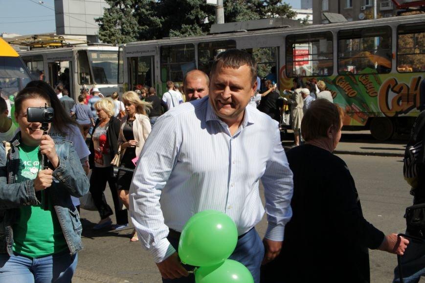 Борис Филатов принял участия в автопробеге и поздравил жителей Днепропетровска с Днем города, фото-3