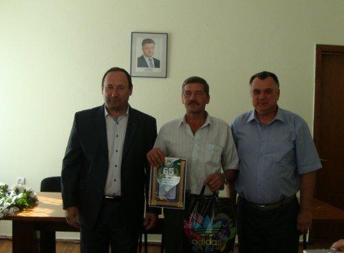 В Павлоградском районе отметили День физкультуры и спорта (фото) - фото 1