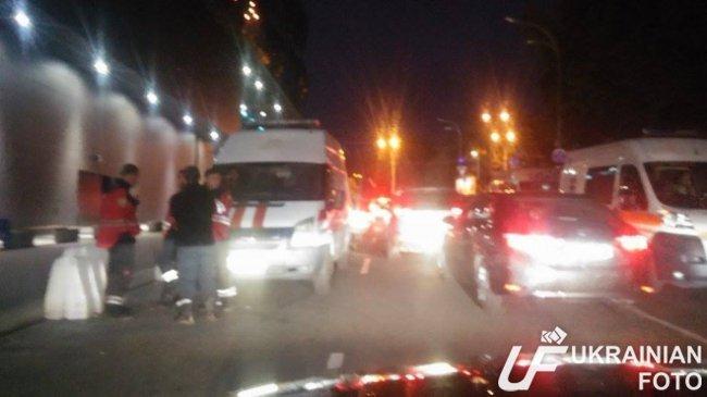 В Киеве эвакуировали посетителей ТРЦ Ocean Plaza (ФОТО, ВИДЕО) (фото) - фото 1