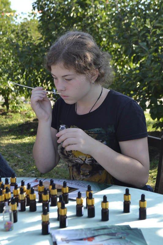 Осенний праздник в Александровском парке « Яблочный полдень» (фото) - фото 1