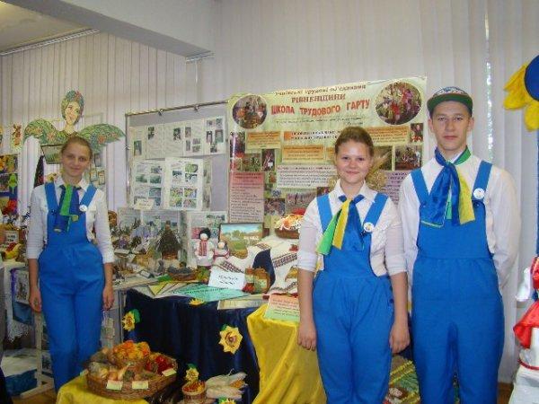 Рівненська команда науковців на Всеукраїнському зльоті посіла друге місце (фото) - фото 1