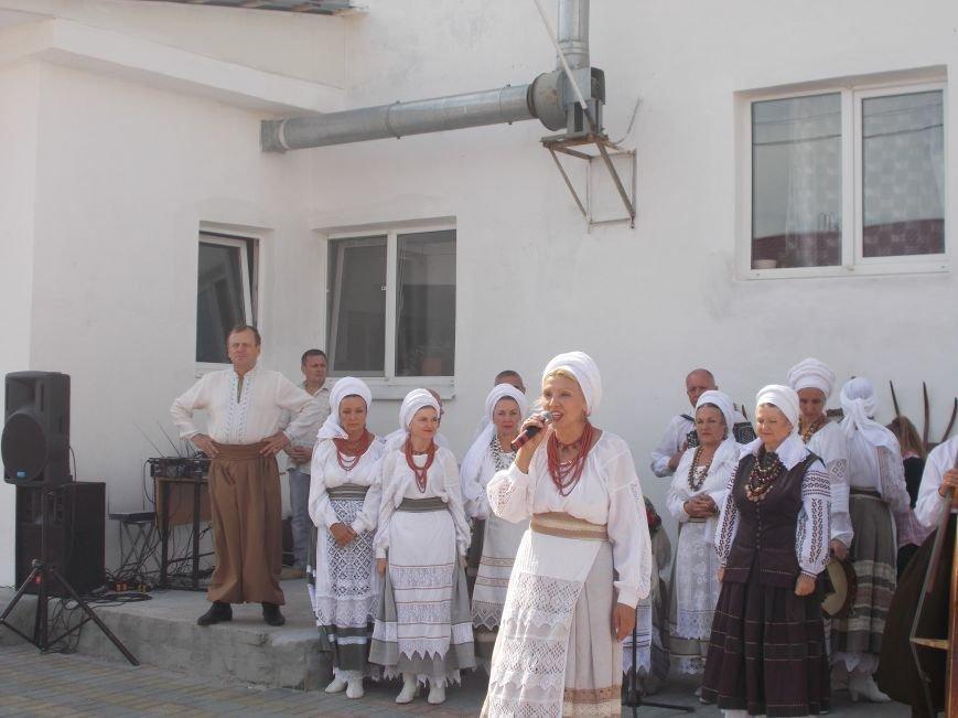 В Бердянске прошел праздник хлеба «Хлібограй — 2015» (фото) - фото 1