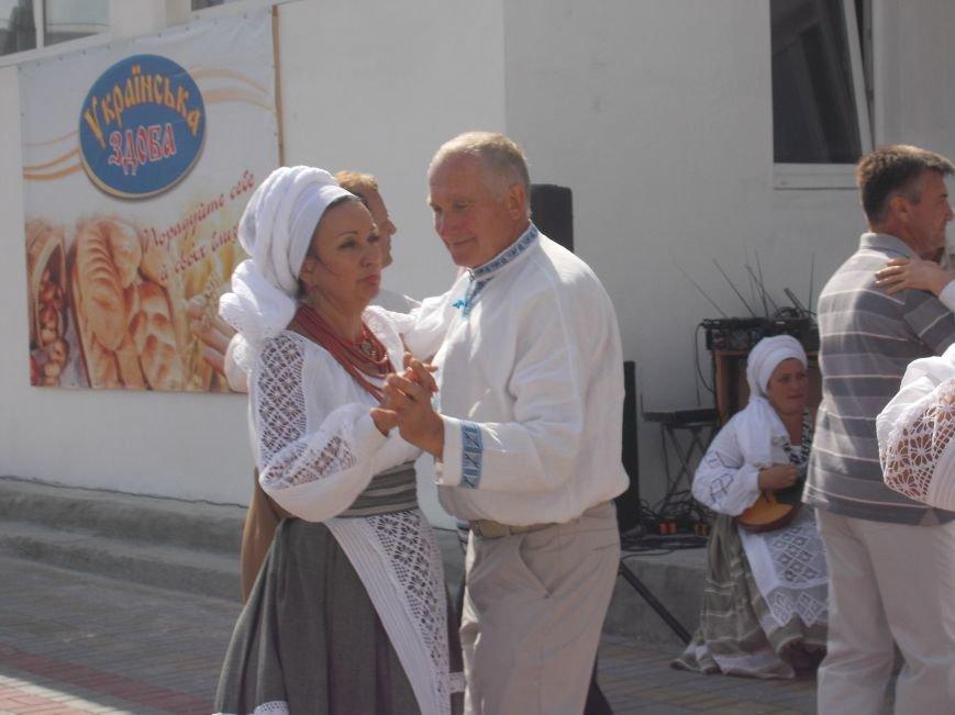 В Бердянске прошел праздник хлеба «Хлібограй — 2015» (фото) - фото 2