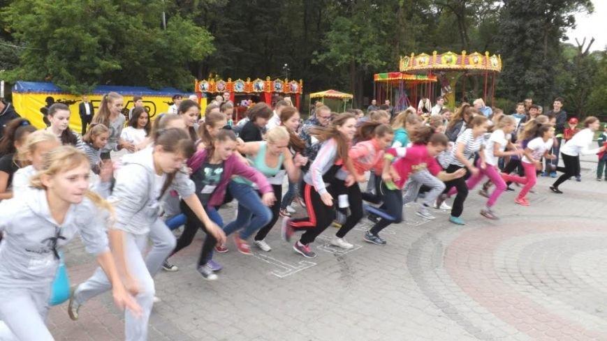 До Дня фізичної культури на Львівщині відзначили кращих спортсменів та провели змагання (ФОТО) (фото) - фото 7