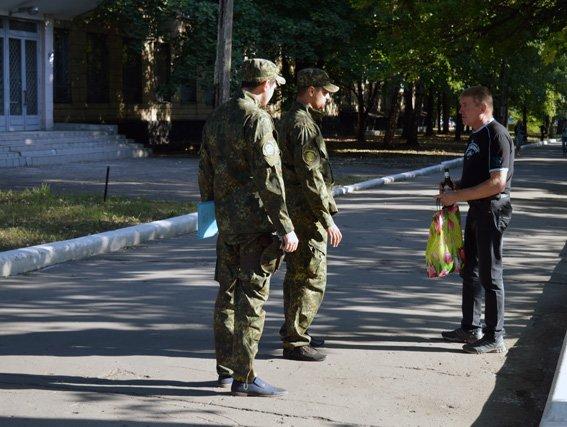 Оперативно-профилактическая отработка правоохранителей Красноармейска сопровождалась раскрытием пяти правонарушений (фото) - фото 4