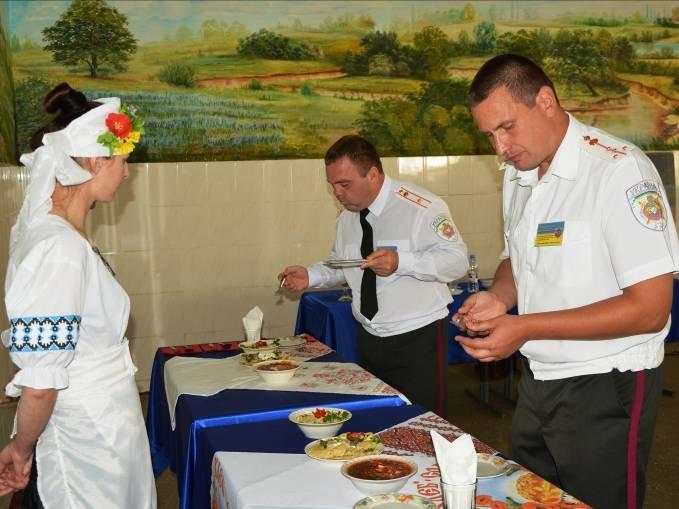 Павлоградские осужденные боролись за право быть лучшим поваром (фото) - фото 2