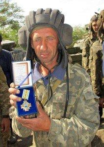 Министр обороны наградил танкистов в Краматорске, фото-1