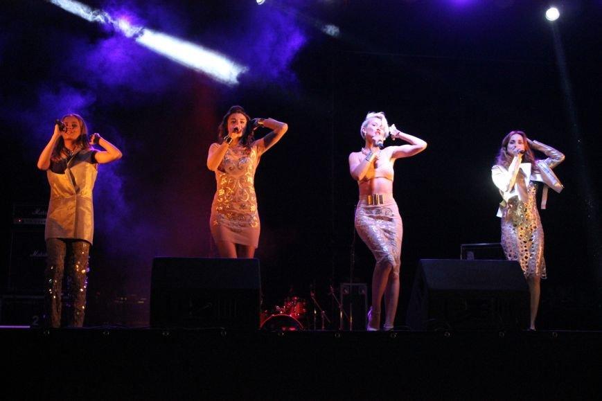 День города в Атемовске закончился удивительным шоу и большим   концертом, фото-6
