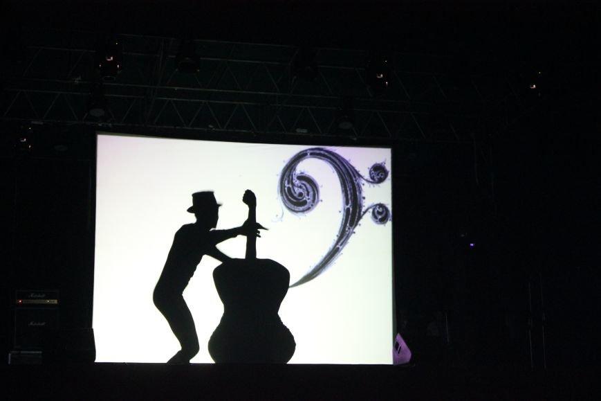 День города в Атемовске закончился удивительным шоу и большим   концертом, фото-3