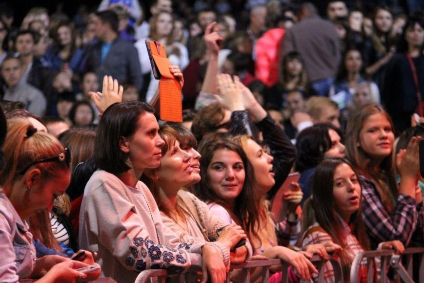 В Днепропетровске на День города выступила «Друга ріка» (ФОТО) (фото) - фото 1