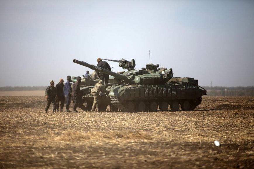 Мариупольские танкисты готовятся при необходимости вернутся на позиции (ФОТО) (фото) - фото 1