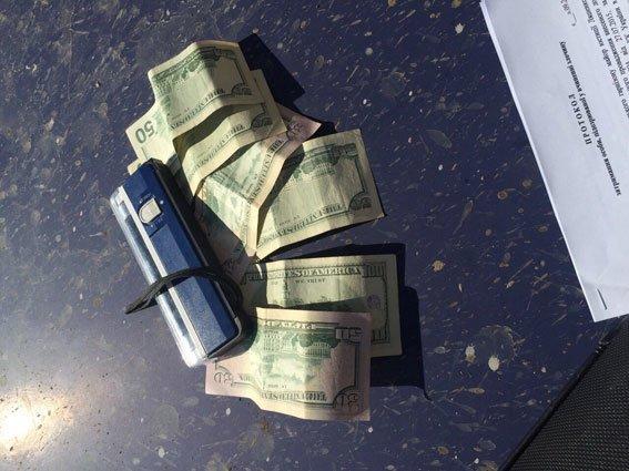 Сумской пограничник попался на взятке в 350 долларов (ФОТО) (фото) - фото 1