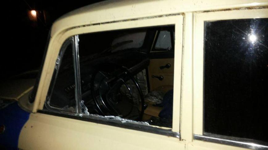 За добу у Львові розбили вікна у п'яти автівках (ФОТО) (фото) - фото 1