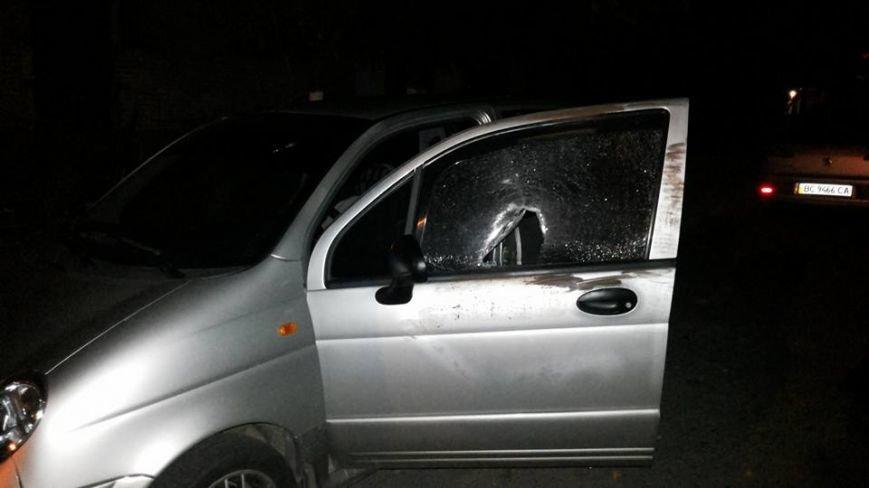 За добу у Львові розбили вікна у п'яти автівках (ФОТО) (фото) - фото 5
