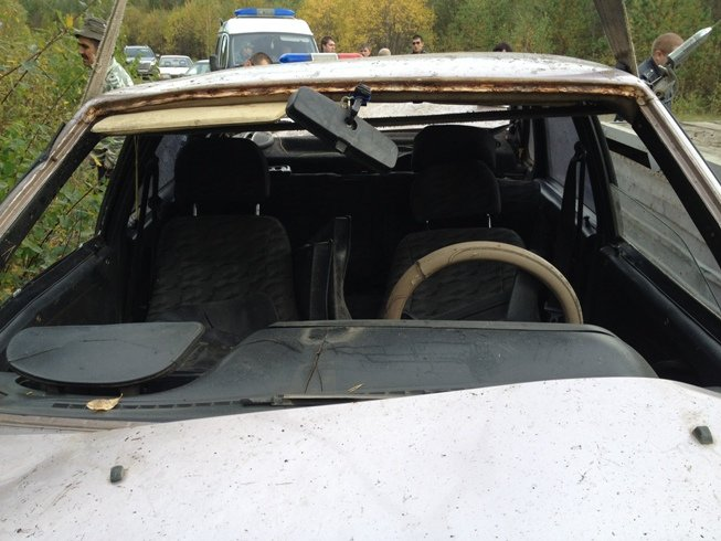 Фото салона  автомобиля (ремни безопасности)