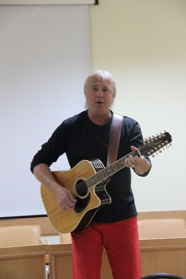 Геннадий Пономарев