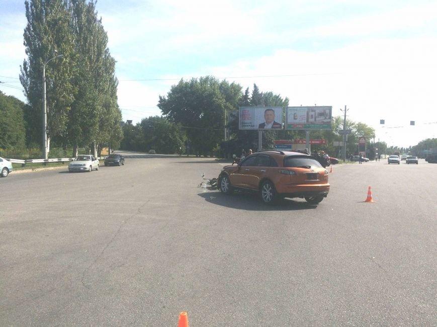 ДТП в Днепропетровске: столкнулись Инфинити и мотоцикл (ФОТО) (фото) - фото 4