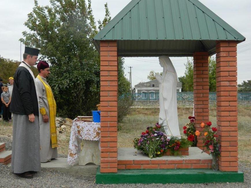 Тернопільські бійці на Херсонщині встановили каплицю та статую Матері Божої (фото) (фото) - фото 1