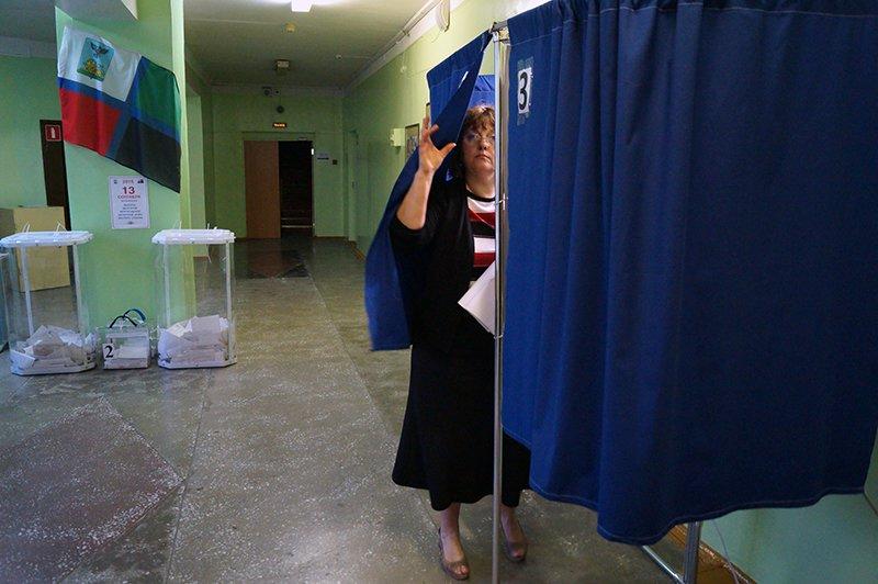 Заголовок: «Чего и следовало ожидать». Как в Белгороде выбирали депутатов в областную Думу шестого созыва (фото) - фото 3