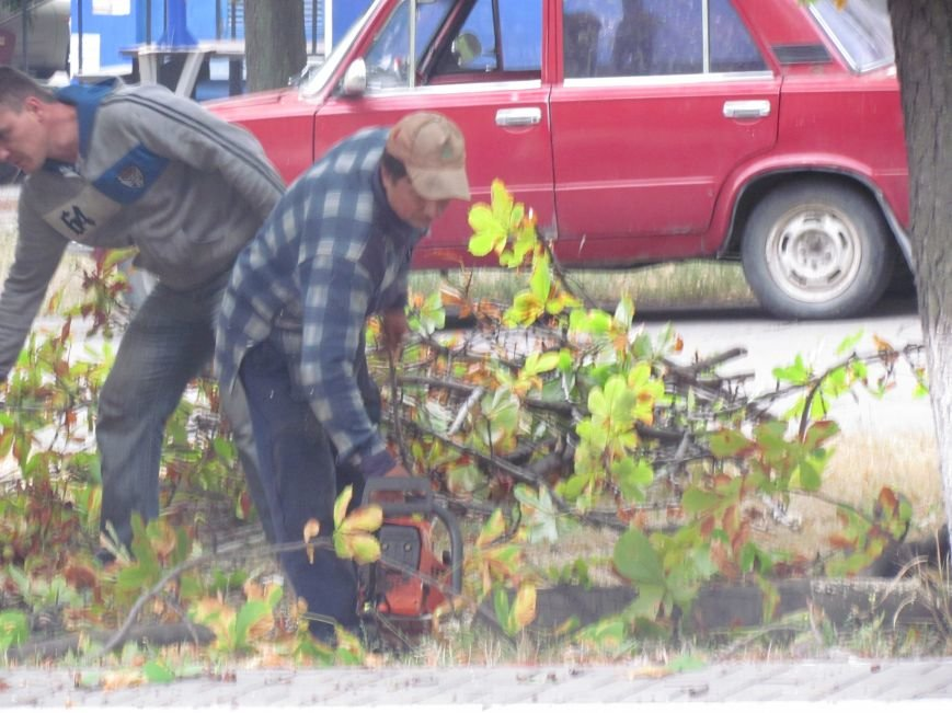 В центре Мариуполя началась большая зачистка (ФОТОФАКТ), фото-2