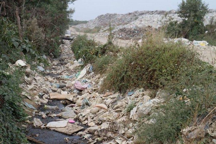 Купи сміття на рибненському сміттєзвалищі сягають висоти п'ятиповерхівки. Фото (фото) - фото 2