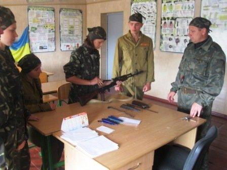 У школі на Рівненщині відтепер є стрілецький клас (фото) - фото 1