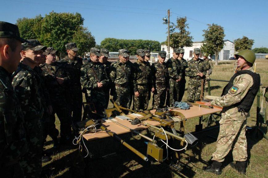 Военные со всей страны приехали в Чернигов (фото) - фото 1