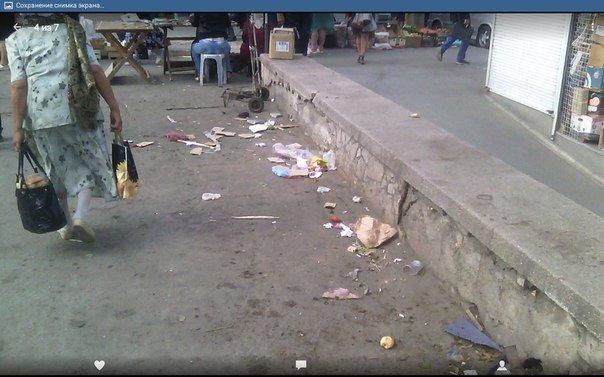 Центральный рынок Симферополя сегодня: стихийщики, горы мусора и ночлежка для бомжей на месте снесенной «стекляшки» (ФОТОФАКТ) (фото) - фото 4