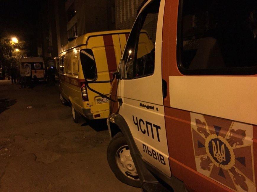 У Львові через псевдозамінування евакуювали близько 400 мешканців житлового будинку (ФОТО) (фото) - фото 1