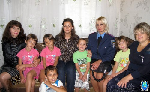 Милиция Мариуполя провела рейд по детским домам семейного типа (ФОТО), фото-3
