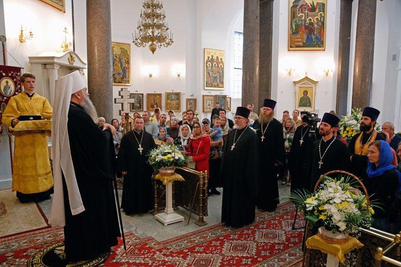 Митрополит Варсонофий провел общественное богослужение в Софийском соборе (фото) - фото 1