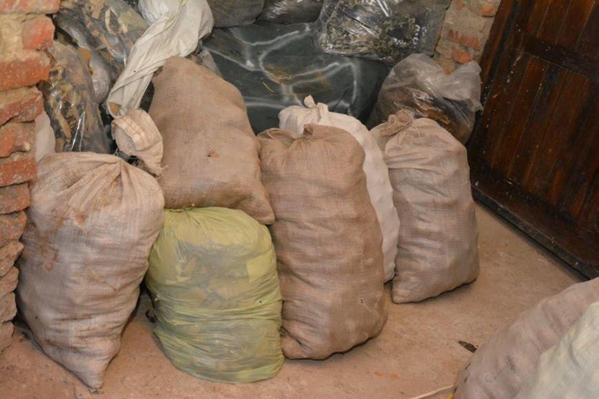 На Хмельниччині волонтери закрили близько 200 літрів консервації (Фото), фото-1