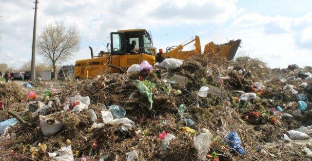 На Берковецком кладбище расчистили 30-летнюю свалку (ФОТО) (фото) - фото 3