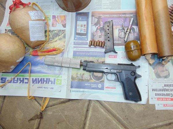 У Дубно виявили підпільний цех з виготовлення зброї (фото) - фото 1