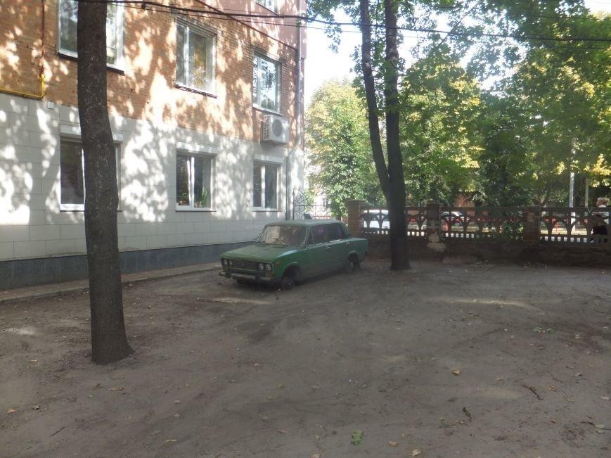 В Кировограде «разули» «ВАЗ» (фото) - фото 1