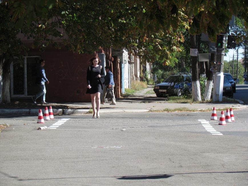 В Мариуполе ко Дню города обновили разметку улиц (ФОТОФАКТ), фото-5