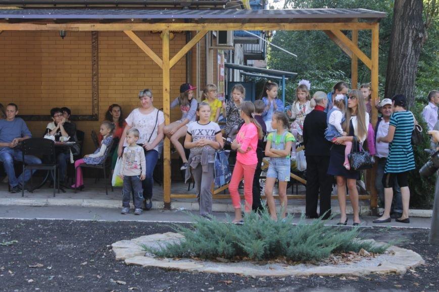В Доброполье на одну детскую площадку стало больше (ФОТО), фото-6