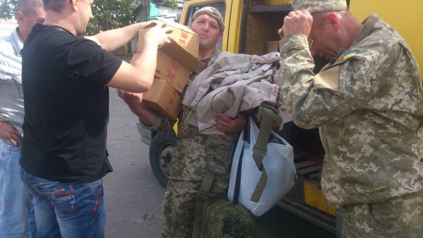 Криворожские волонтеры закупили военную форму и доставили  морским пехотинцам под Мариуполь (ФОТО), фото-3