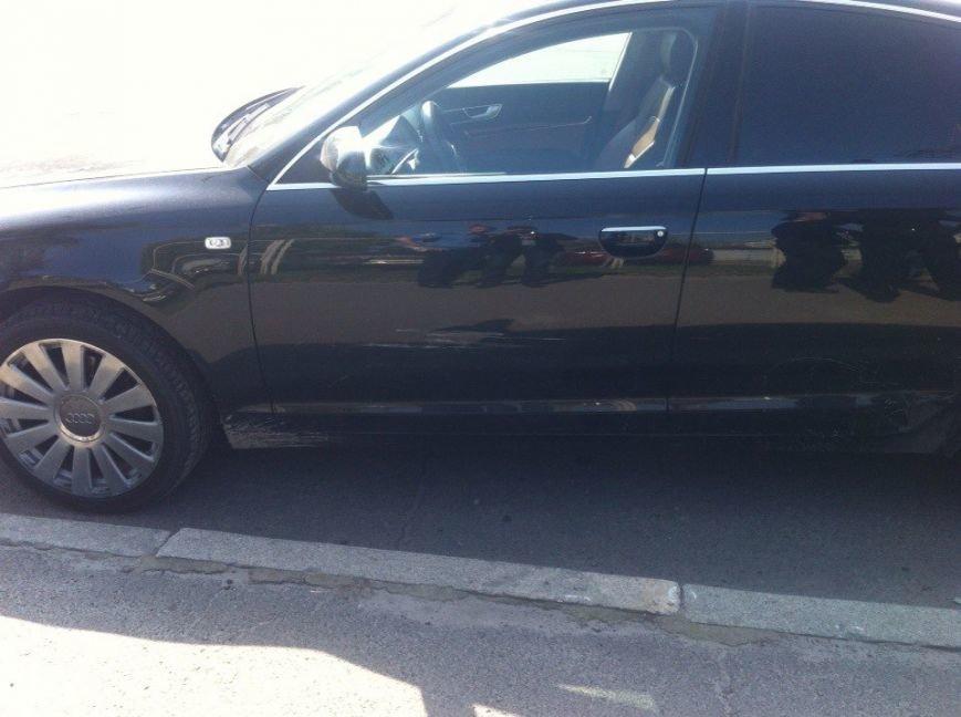 В Киеве на Правды водитель Audi A6 подрезал «Мазду» и открыл огонь (ФОТО) (фото) - фото 3
