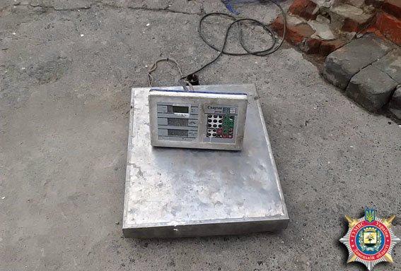 Первый пошел - в Славянске обнаружили незаконный пункт приема металла (фото) - фото 1