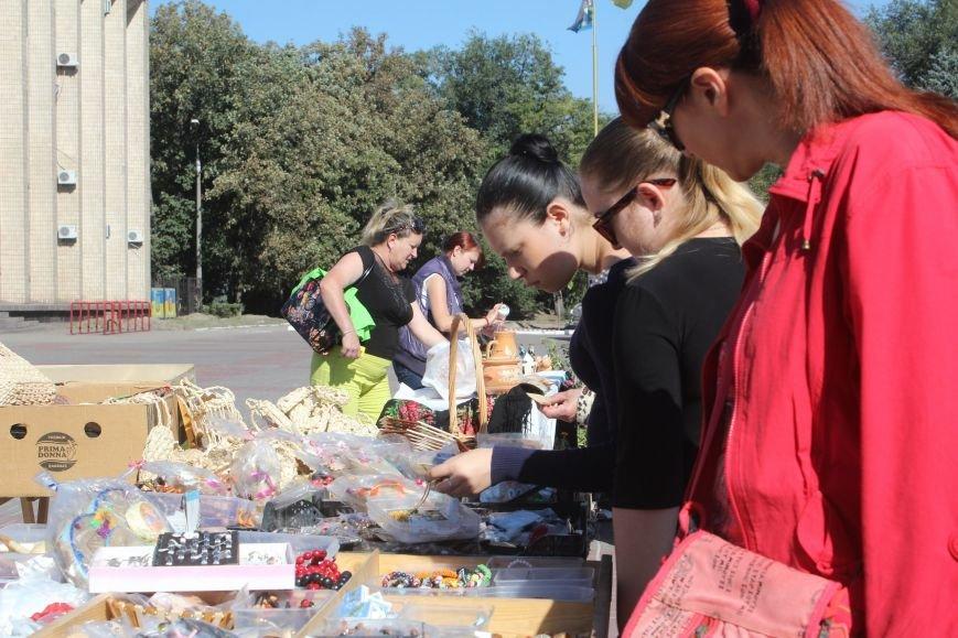 В Днепродзержинске открылась ярмарка «Золотая осень» (фото) - фото 6